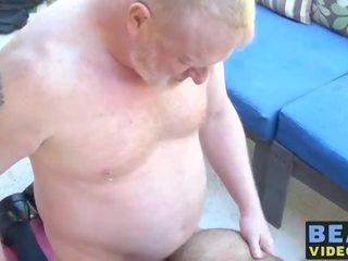 Vaaleanpunainen suku puoli video